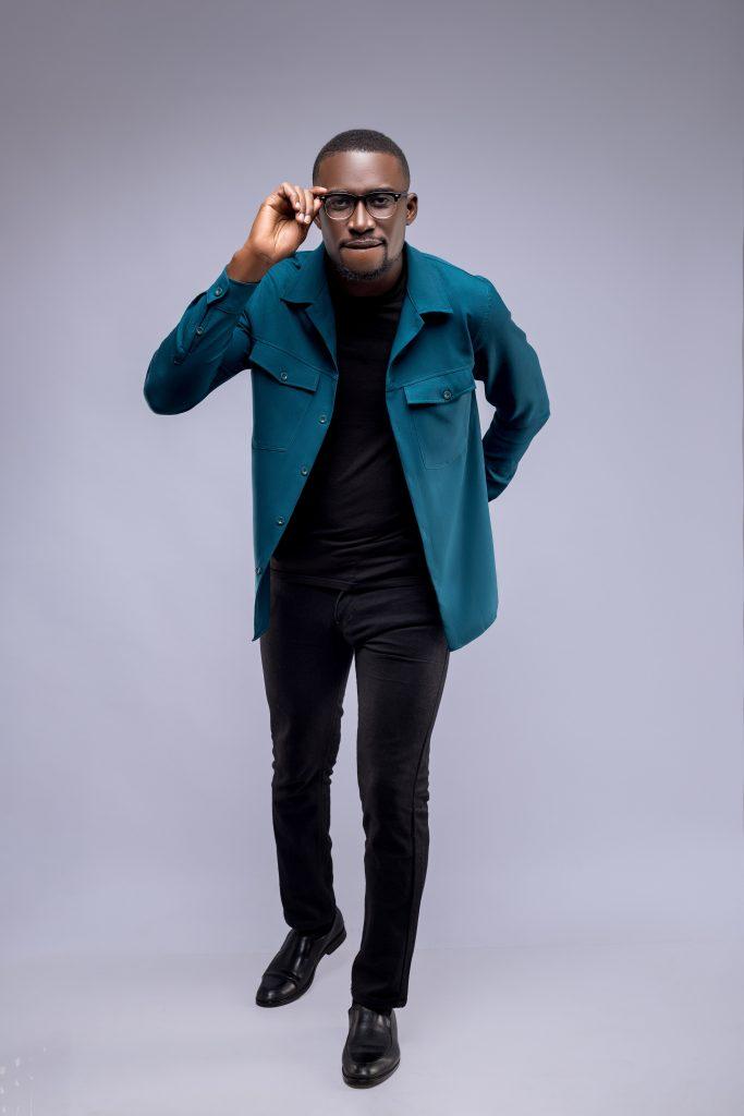 "New Music: Minster Kofi Otchere Declares ""I Lift My Hands"" In His Latest Single"